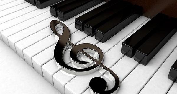 تفاوت پیانو دیجیتال و آکوستیک