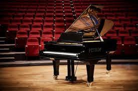 تفاوت پیانو دیجیتال و اکوستیک از نظر کیفیت صدا