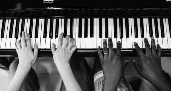 زمان یادگیری پیانو