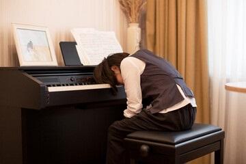 گیتار یا پیانو؟