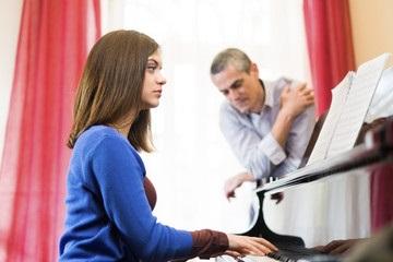 بهترین آموزشگاه ساز پیانو